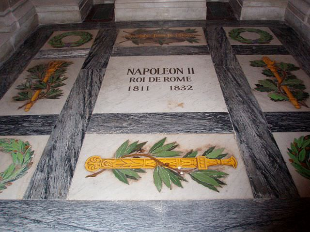 The tomb of Napoleon's son in Les Invalides. Photo credit: Didier Grau, http://www.napoleon-empire.net/personnages/napoleon_II.php